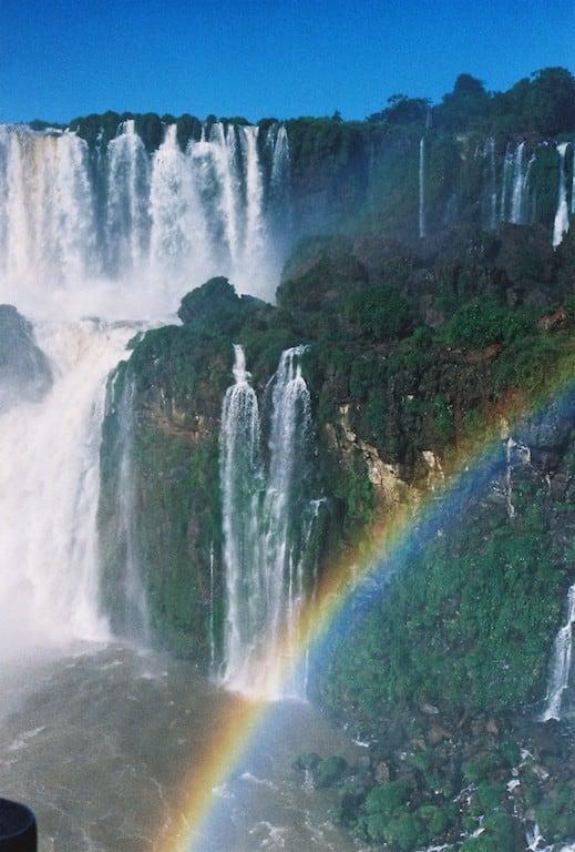 Cataratas do Iguaçu fotografadas em filme! Acesse o blog para ver mais fotos!