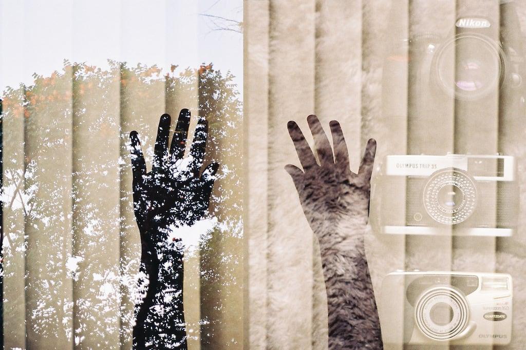 Dupla exposição com câmera analógica! Veja mais imagens no post, clique para ler! #PentaxK1000 #Kodak