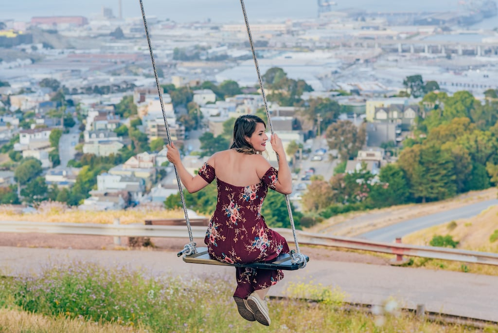 O balanço em Bernal Heights e uma das vistas mais bonitas da cidade! Veja fotos e dicas sobre esse morro em San Francisco! Clique para ler!