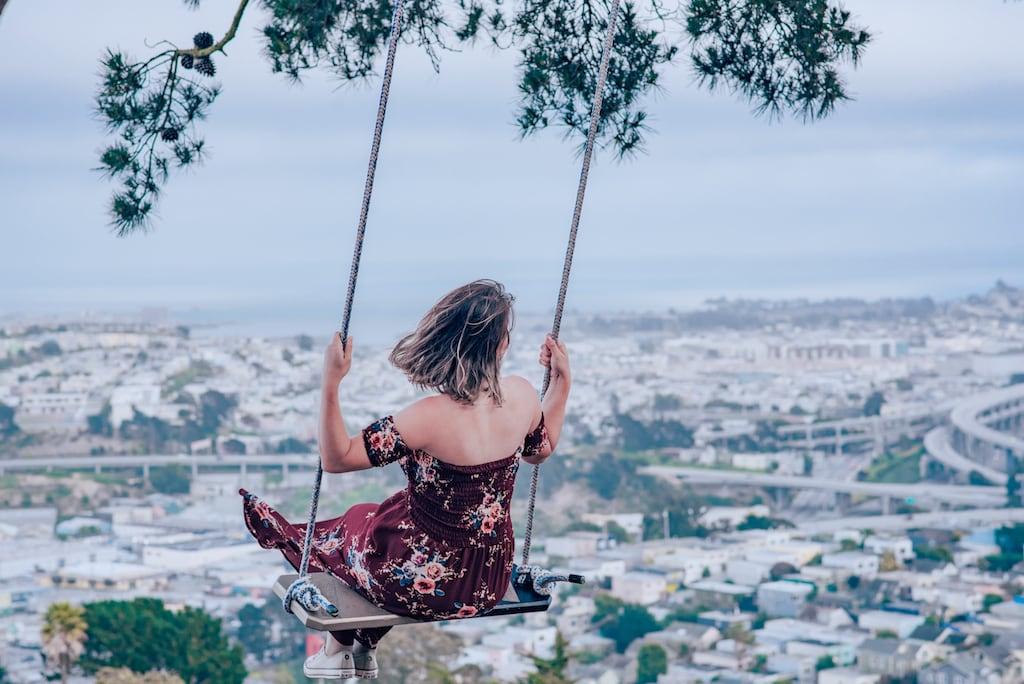 Venha conhecer o parque em San Francisco que te permite balançar sobre a cidade! #BernalHeights