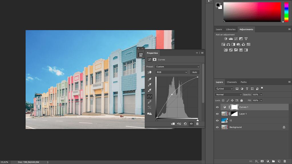 Aumentando a luz da imagem para finalizar a edição, após mudar o céu no photoshop. Veja o tutorial completo no blog.