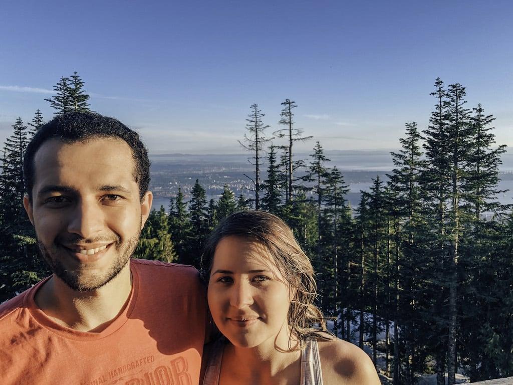 Veja mais fotos da nossa subida até o topo da montanha! Foi difícil chegar, mas rendeu uma bela vista e a sensação de vitória!