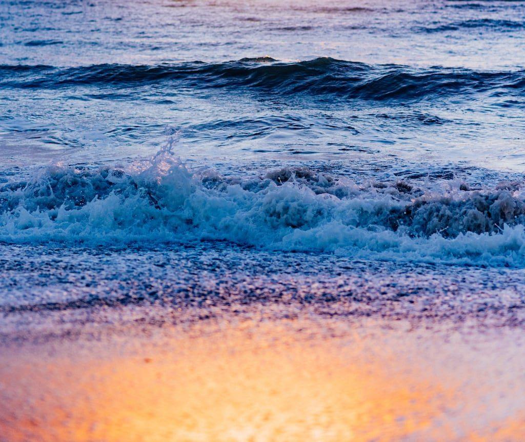 Nascer do sol na praia de Manaíra, um momento mágico. Veja mais fotos!
