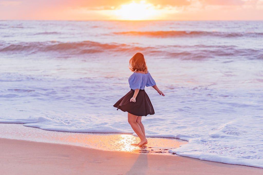 Veja fotos do amanhecer na praia! Momento mágico e que pode render belas imagens. Acesse o post!