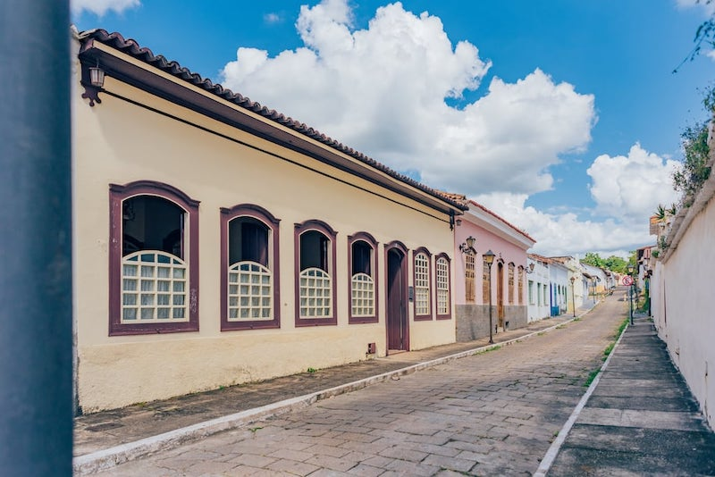 Ruas e construções fofas da cidade de Goiás. Veja nosso roteiro de um dia, saindo de Goiânia de carro.