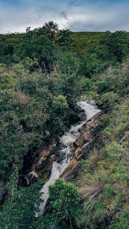 Vista da ponte da tremedeira na Cachoeira do Abade!