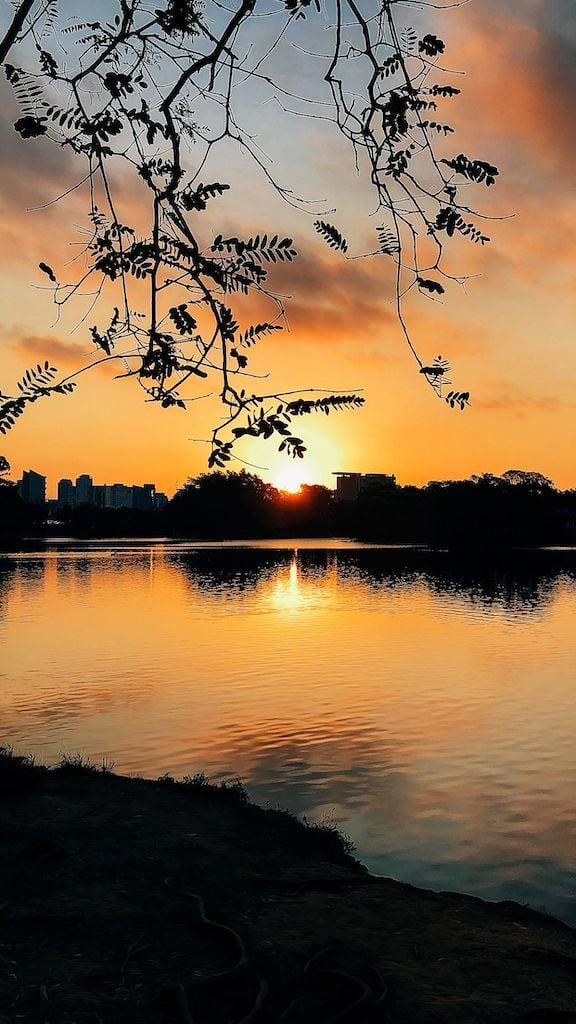 Fotografando no pôr do sol com celular! Veja dez dicas para captar imagens na hora mágica, clique para ler! #dicasdefotografia