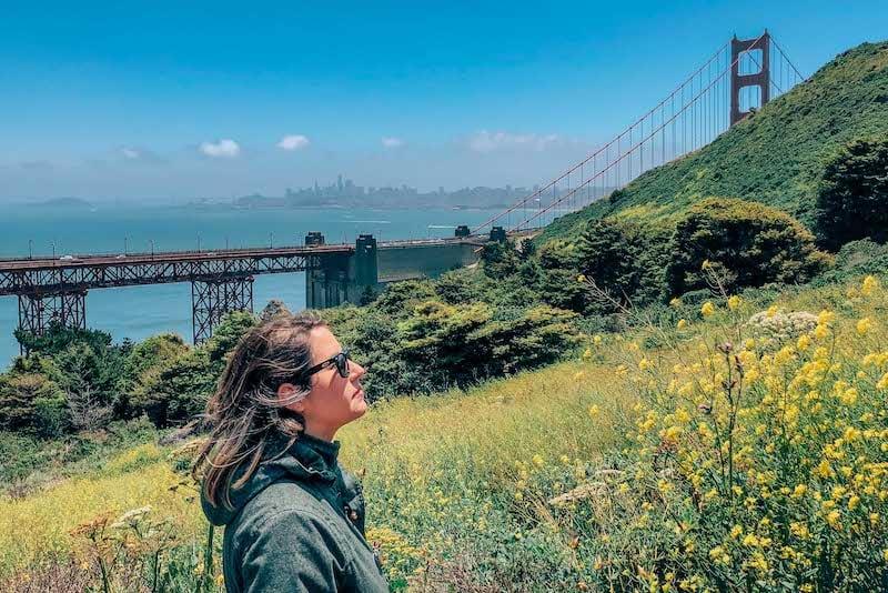 A trilha que leva de um mirante ao outro na famosa ponte de San Francisco. Clique para ver mais desse passeio tradicional na cidade! #sanfrancisco
