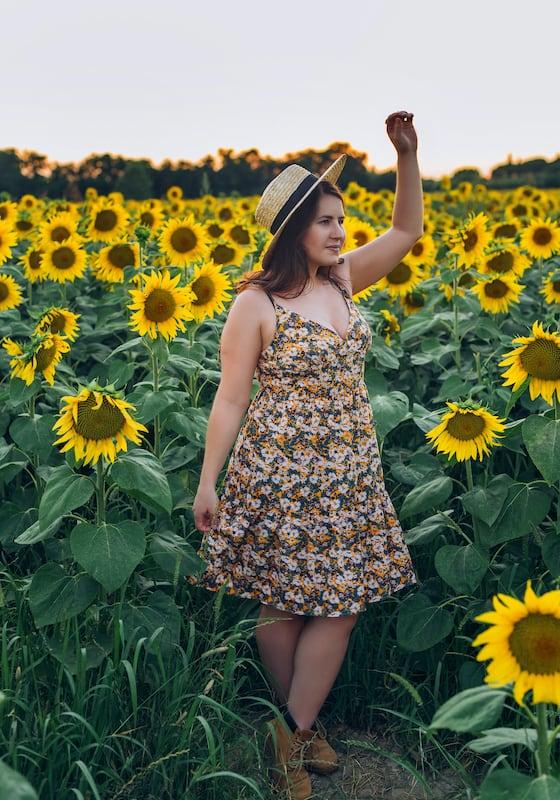 Fotos em meio as flores!Clique para ver mais imagens deste ensaio!
