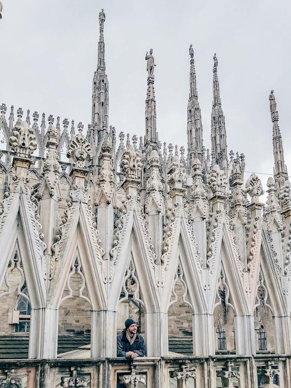 Uma construção cheia de detalhes, a visita completa por esse ponto icônico da Itália vai te deixar de queijo caído! Clique para ler.