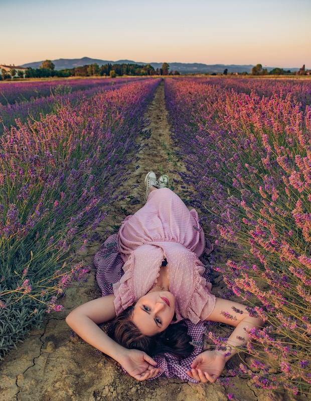 Ensaio fotográfico entre as flores! Clique para ver mais imagens e receber dicas para fotografar nesse cenário.